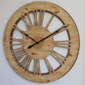 Bardzo duży zegar drewniany