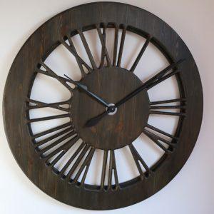 beautiful tudor clock