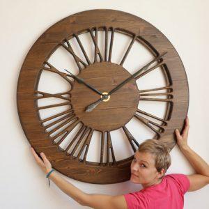 Wielki zegar ozdobny vintage