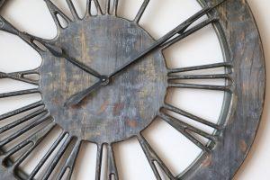 Shabby chic skeleton clock