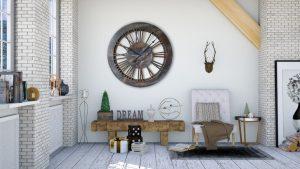 Wanduhr mit römischen Zahlzeichen, 100 cm – Skelett-Design auf weißer Wand. Die Uhr ist von Hand gefertigt und bemalt.