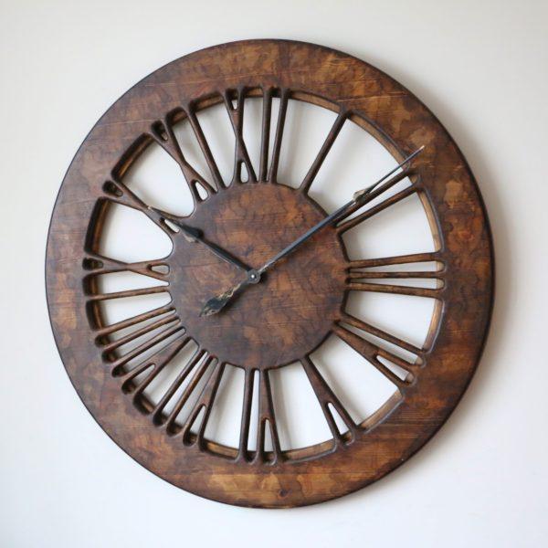 Ręcznie wykonany zegar ścienny w stylu vintage