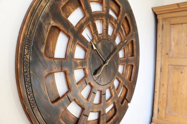 beautiful living room wall clock