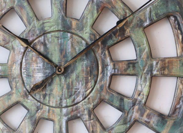 Huge Wall Clock Zoom
